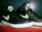 Nike Priority Mid Black