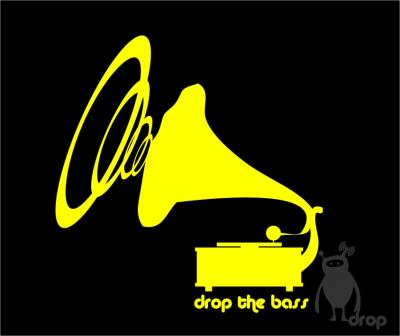 T-shirt DROP negru - drop the bass