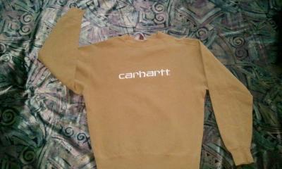 Bluza Carhartt.