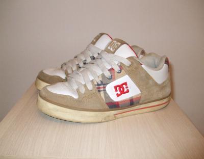 dc shoes 42.5